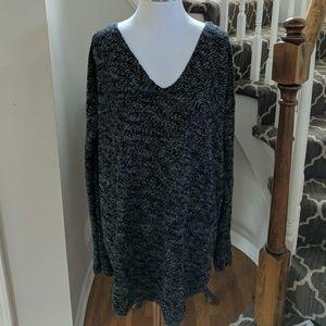 H&M marled black white vneck sweater tunic M CYA